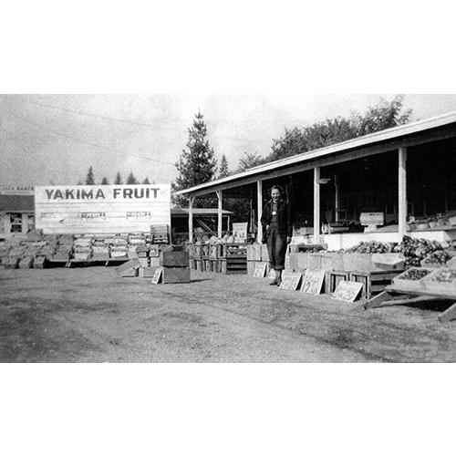 46.Yakima_Fruit_Market