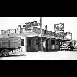 102.Henrys_Hamburgers