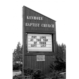 161a.Kenmore_Community_Church_sign