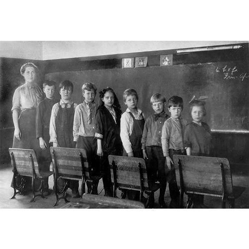 129.Early_Kenmore_schoolroom-