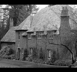 250.Thomsen_estate_Easter_Seal_house